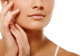 face-breaking-out-here-are-five-tips-to-keep-it-under-wraps
